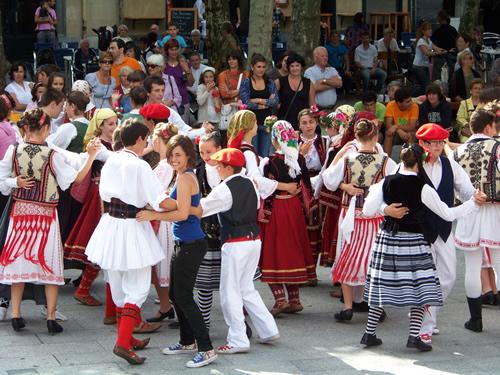 Mexico, Indonesia eta Irlanda 2011ko Bidasoaldeko folklore jaialdian