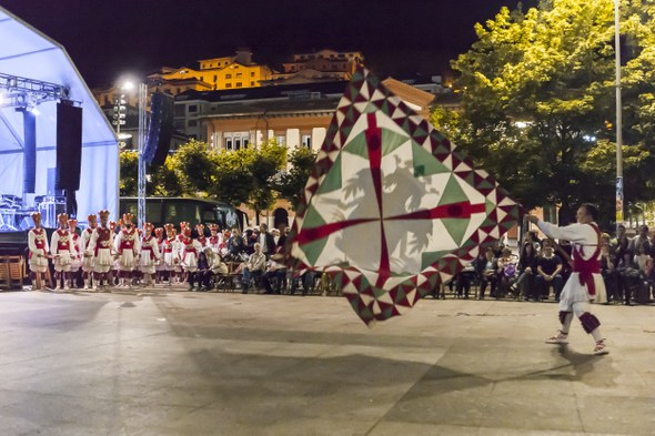 2016 06 24 Eibar San Juan Aunitz Urtez ezpata dantza soka dantza 6861 IZ