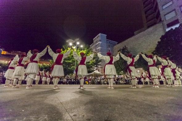2016 06 24 Eibar San Juan Aunitz Urtez ezpata dantza soka dantza 7110 IZ