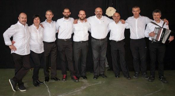 Kezka dantza taldea - musikariak 2016 dantzari eguna