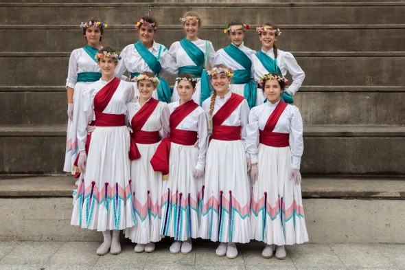 Kezka, Dantzari eguna 2015: Talde argazkia 2001-2002