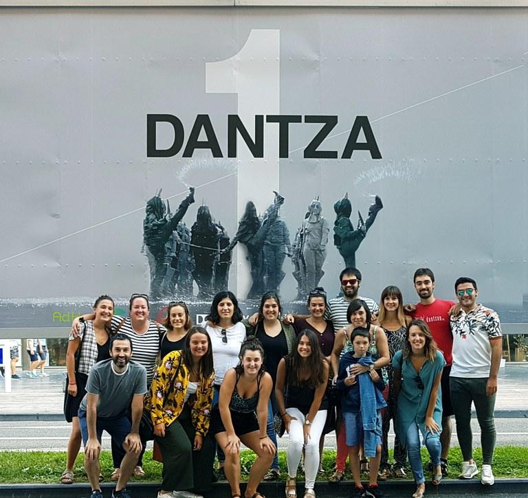 Kezkako dantzariak Dantza afitxa 2018 Telmo Esnal