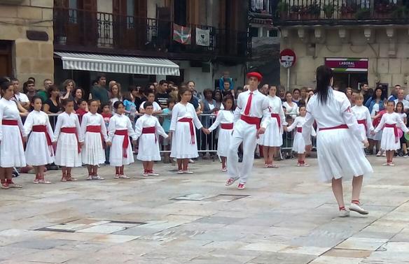Lezo San Juan bezperako soka-dantza