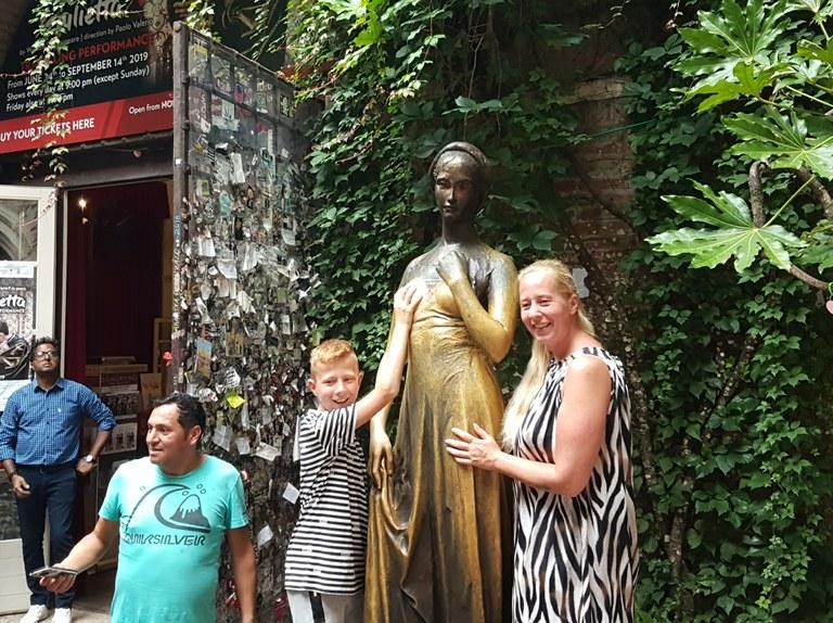 Verona: Julietaren estatua