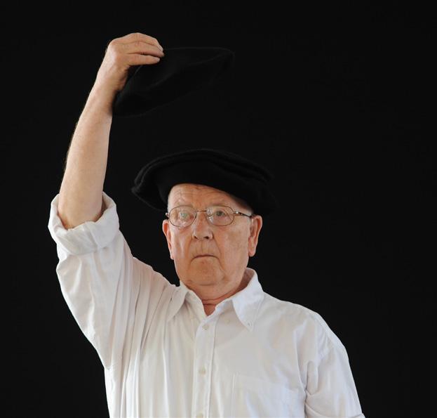 Jean Nesprias euskal dantza irakaslea zendu da