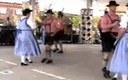 Texasko dantzariek Alemaniako polka bat