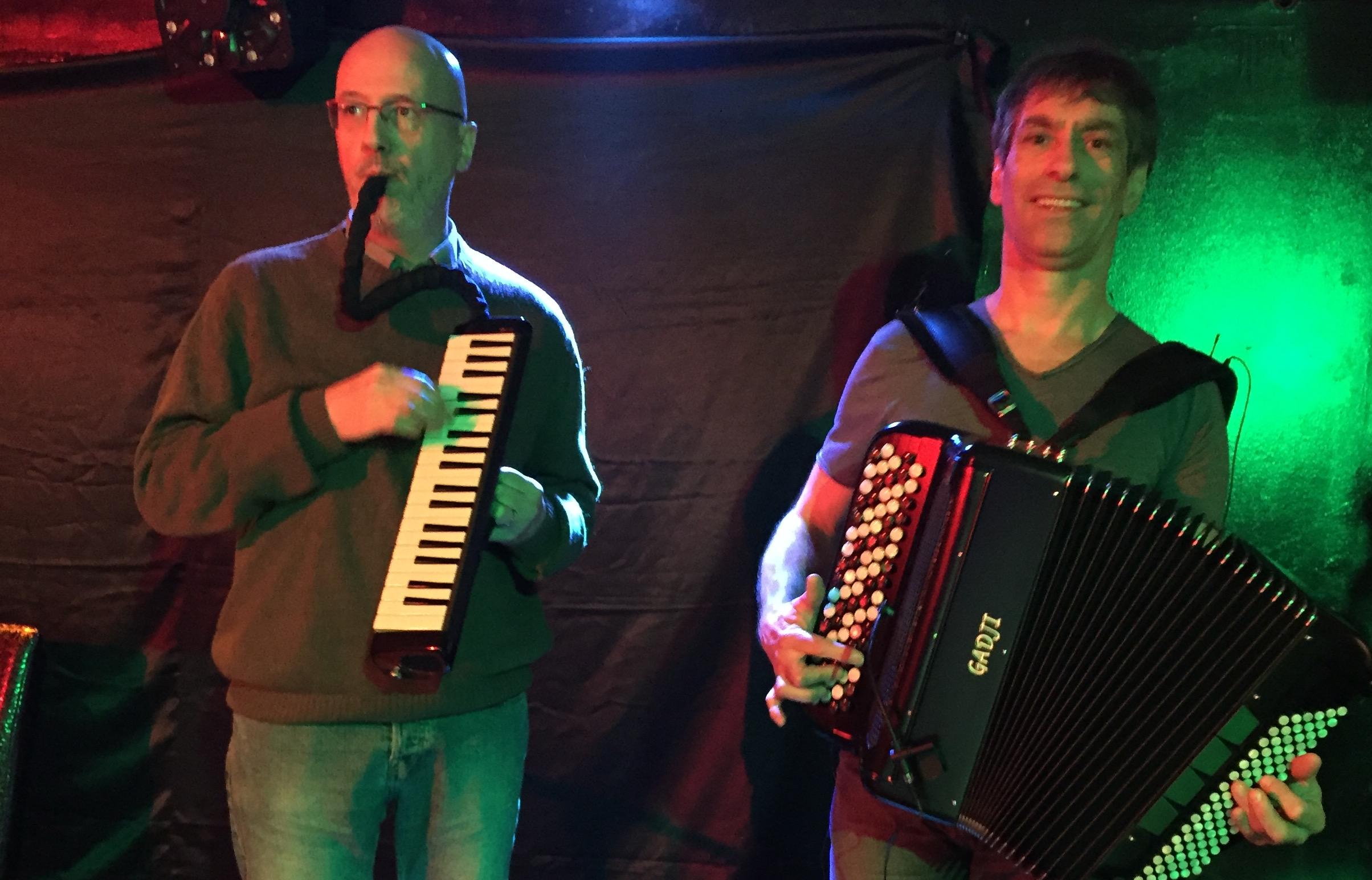 Folk dantzaldiak apirilean Baionan eta Elgetan: Duo Godon-Thézé
