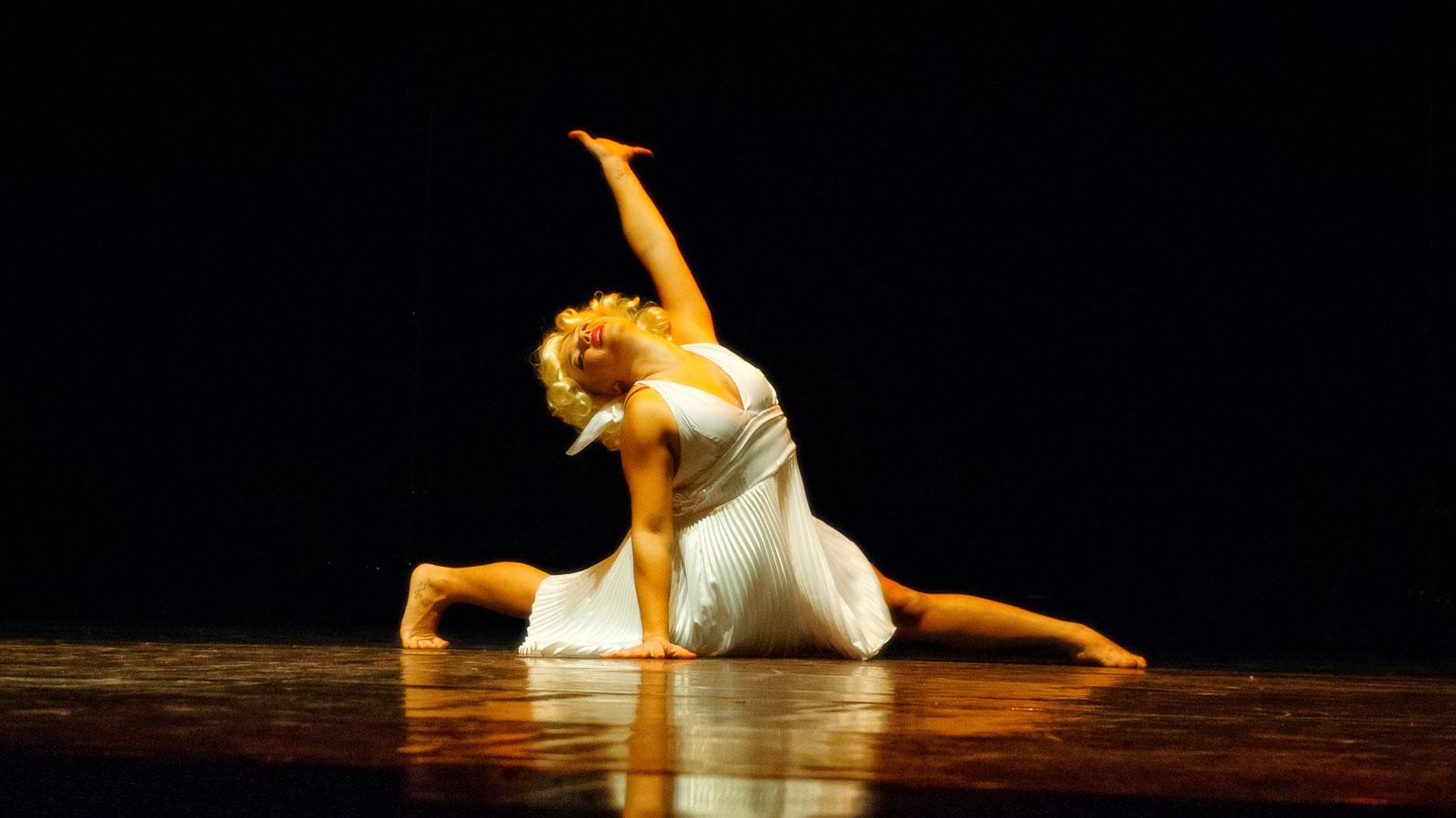 Dantza Coliseoan: Iker Gomez: Sylphides Pi Cia, El bosque del beso