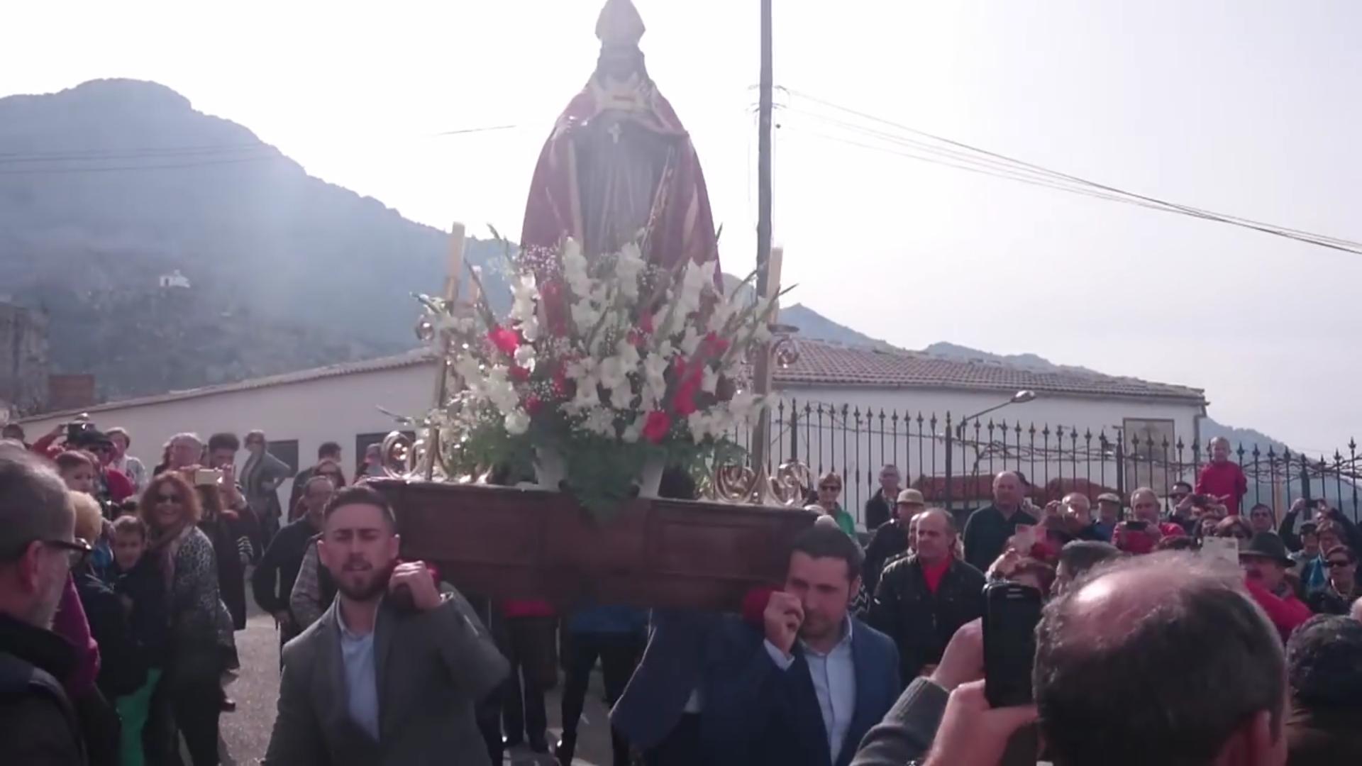 San Blas, Ama Birjinaren atzetik dantzan