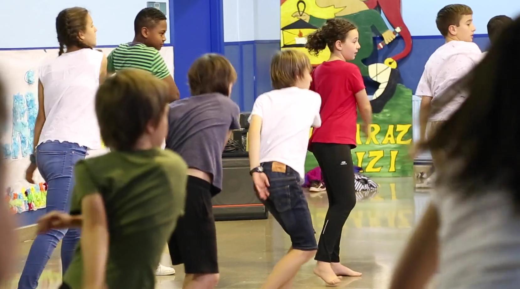 Eskoletan dantza lantzeko aukera eskainiko du Kultura Eskola programak