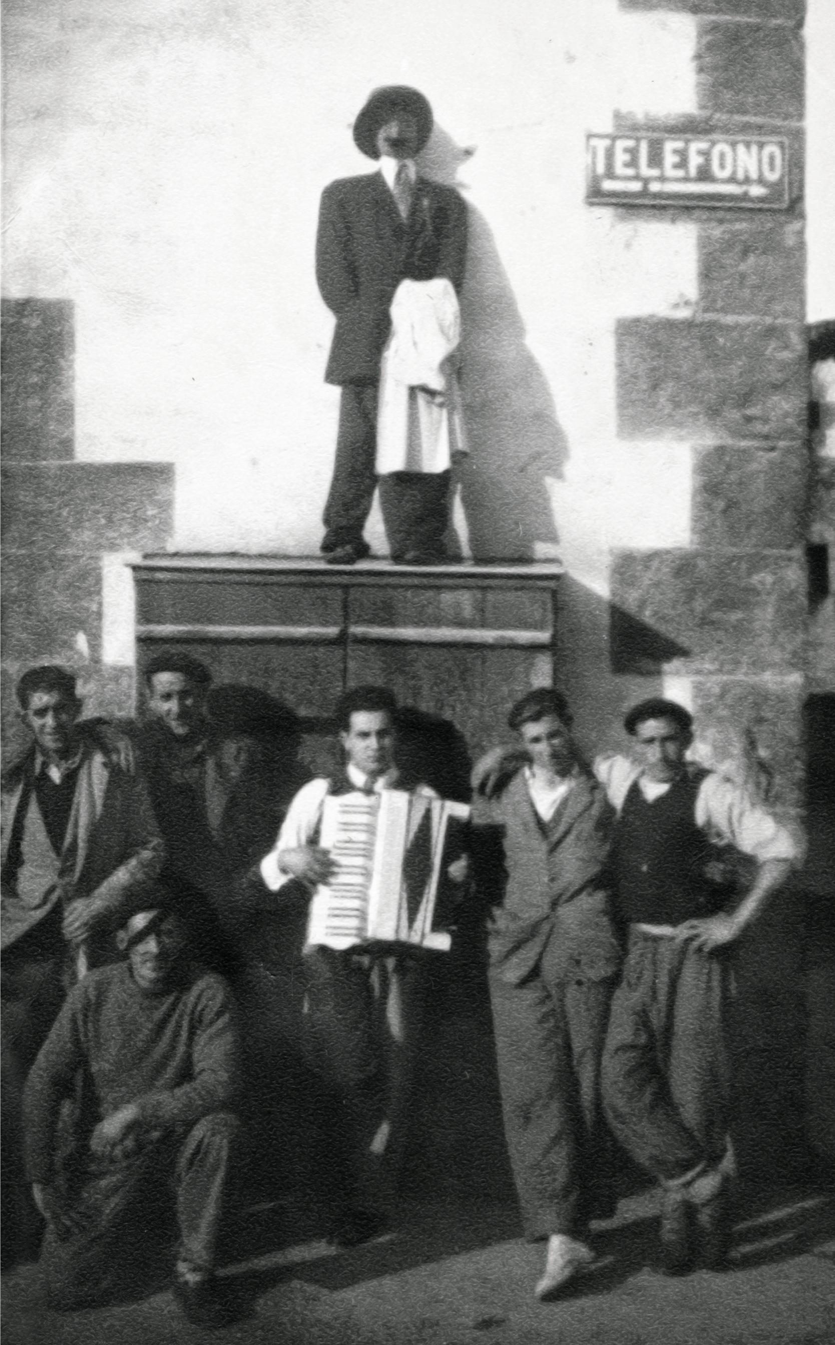 Orantzaro 1948an Leitzan
